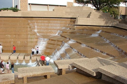 FW Water Gardens in Downtown