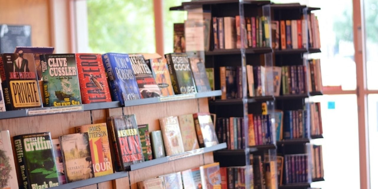 Best DFW Used Bookstores for Your Wallet