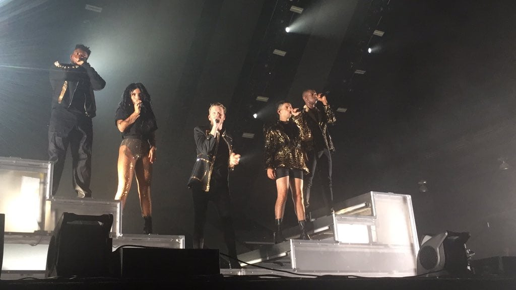 Pentatonix sings to their fans in Dallas Fort Worth